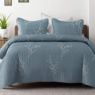 Exclusivo Mezcla Microfiber King Size Quilt Set, 3 Piece Lightweight Bedspread/Coverlet/Bedding Set with 2 Shams, Floral Branches Pattern, (96x104, Blue)