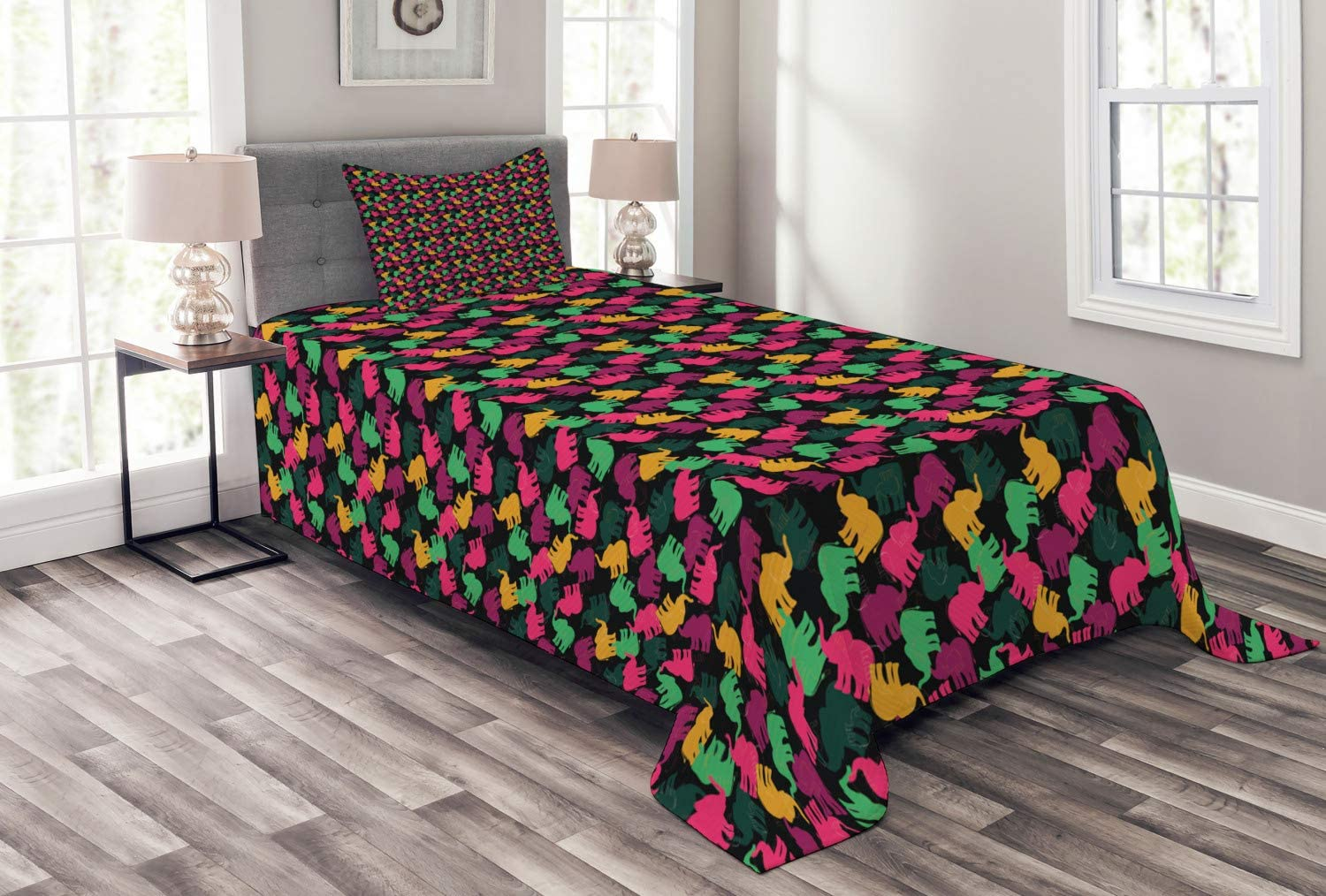 Ambesonne Elephant OFFicial site Bedspread Silhouette Colorful of Anim Challenge the lowest price of Japan Safari