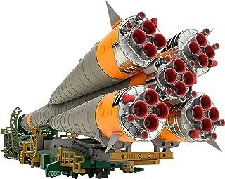 Good Smile Soyuz Rocket & Transport Train 1: 150 Scale Plastic Model Kit