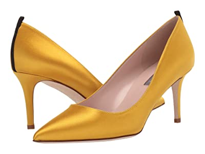 SJP by Sarah Jessica Parker Fawn 70mm (Ocher Satin) Women