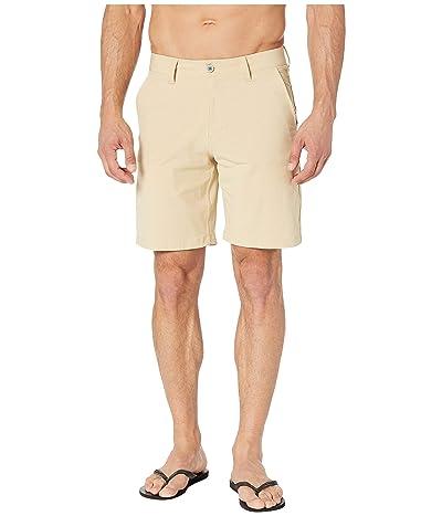 Southern Tide T3 Gulf 9 Inch Performance Shorts (Coastal Khaki) Men
