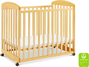 Davinci Alpha Mini Rocking Crib in Natural   Removable Wheels   Greenguard Gold Certified