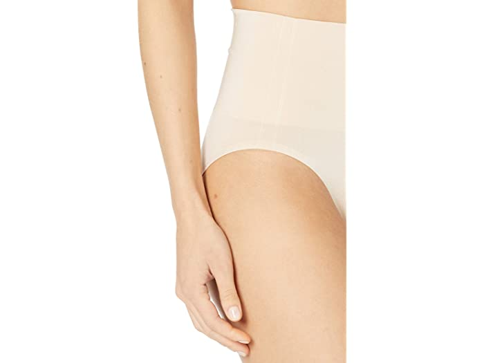 Wacoal Simply Smooth Shaping Hi-cut Brief 804360 Sand Underwear & Intimes
