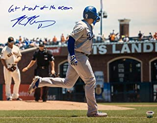 Max Muncy Signed Dodgers 16x20 Photo