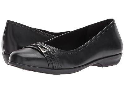 Walking Cradles Flynn (Black Leather) Women