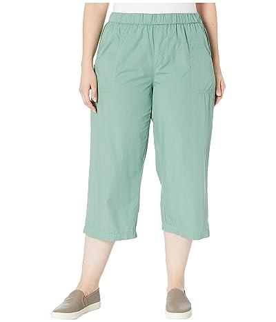 Fresh Produce Plus Size Beachcomber Cotton Poplin Capris (Lagoon Green) Women