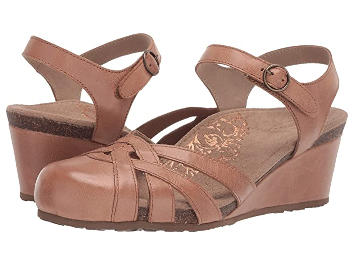Aetrex  Lindsay (Light Brown) Womens Sandals