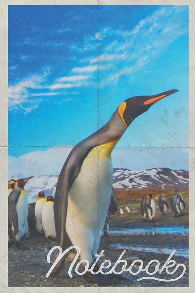 ルーム農学前Notebook: Emperor Penguin Colorful Composition Book Journal Diary for Men, Women, Teen & Kids Vintage Retro Design Antartica Cruise