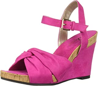 44060c27705f Amazon.com  Pink - Slides   Sandals  Clothing