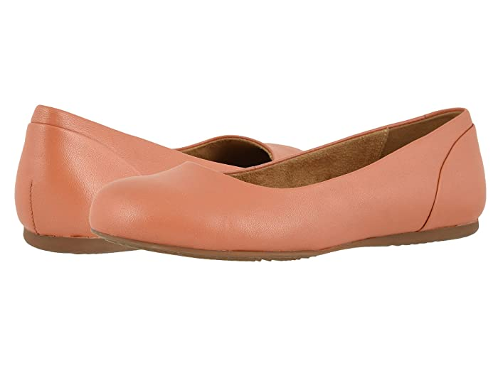SoftWalk  Sonoma (Coral) Womens  Shoes