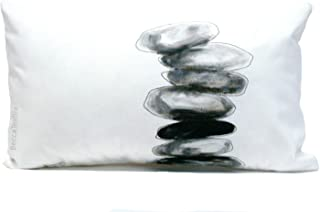 Cojín piedras grises, 30 x 50 cm y medidas personalizadas,cojín pintado a mano por BeccaTextile.
