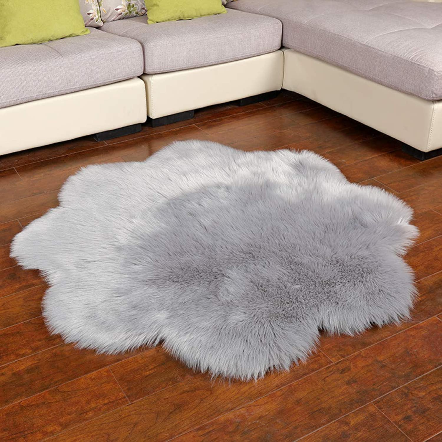 Kievil Carpets Faux Fur Rug Living Room Fluffy Rug Hypo-allergenic and Non-Toxic Sheepskin Flower Shape Rug