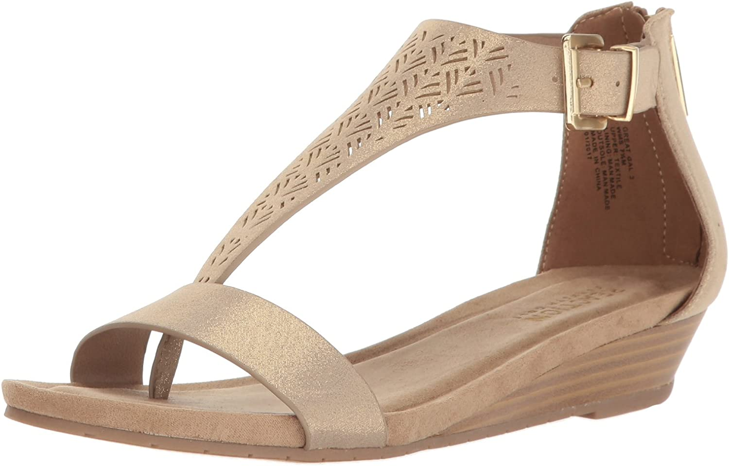 Kenneth Cole REACTION Women's Great Gal 3 Fashion Sandals