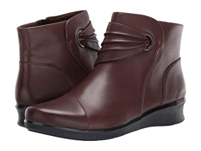 Clarks Hope Twirl (Dark Brown Leather) Women