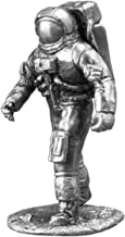 Ronin Miniatures Astronaut Neil Armstrong Historical Sculpture Spaceman UnPainted Tin Metal Collection Toy Soldier Size 1/32 Scale Décor Accents 54mm for Home Collectible Figurines Best Gift