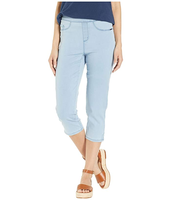 FDJ French Dressing Jeans D-Lux Denim Pull-On Capris in Chambray (Chambray) Women