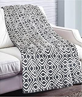 Life Comfort Tranquility Velvet Throw -Gray/White