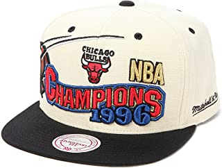 Mitchell & Ness Men's Chicago Bulls 1996 NBA Finals Champions Snapback Cap