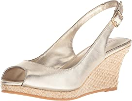 ca7ecb7b28c Lilly Pulitzer Bridgette Wedge at Zappos.com