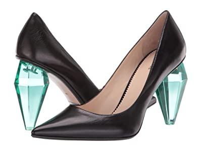 Marc Jacobs The Pump (Black) Women