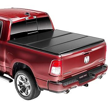 Amazon Com Undercover Ultra Flex Hard Folding Truck Bed Tonneau Cover Ux42014 Fits 16 20 Toyota Tacoma 5 Bed Automotive