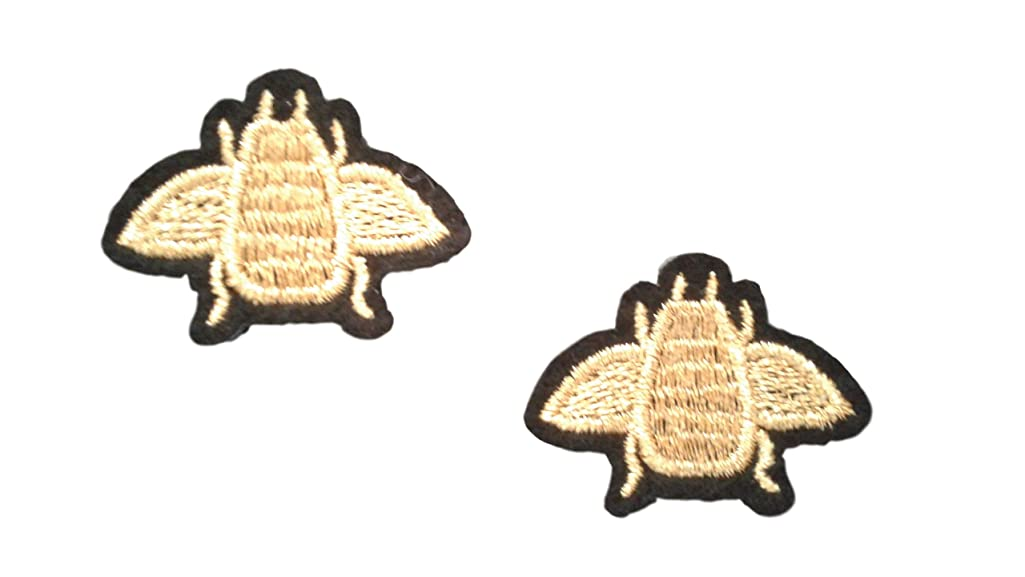 2 small pieces GOLD BEE Iron On Patch Applique Animal Insect Honey Bee Motif Fabric Decal 1.5 x 1.1 inches (3.8 x 2.8 cm)