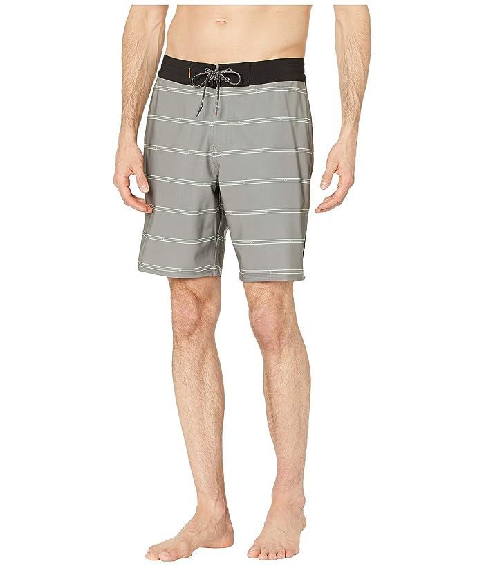 Quiksilver Waterman Liberty Stripe Beachshorts 19 (Charcoal Gray) Men