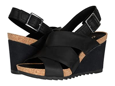 Clarks Flex Sand (Black Leather) Women