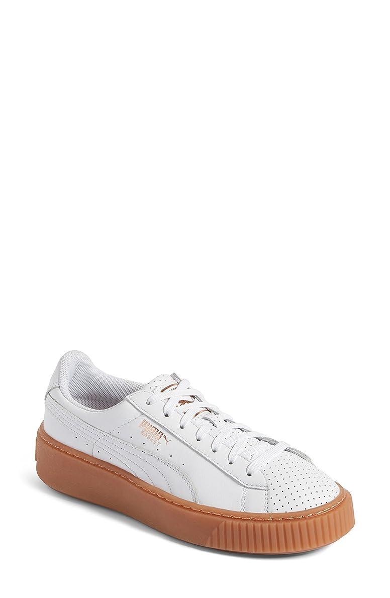ネイティブ遅れかもめプーマ シューズ スニーカー PUMA Basket Platform Sneaker (Women) White/ Cop [並行輸入品]