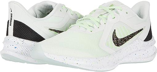 Summit White/Black/Ghost Green