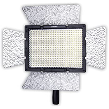 YONGNUO YN-900 LED Video Light Adjustable Temperature Lamp