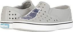 Pigeon Grey/Shell White/Vaesen