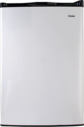d7db3934a7a Amazon.com  4 to 4.9 cu ft - Compact Refrigerators   Small ...