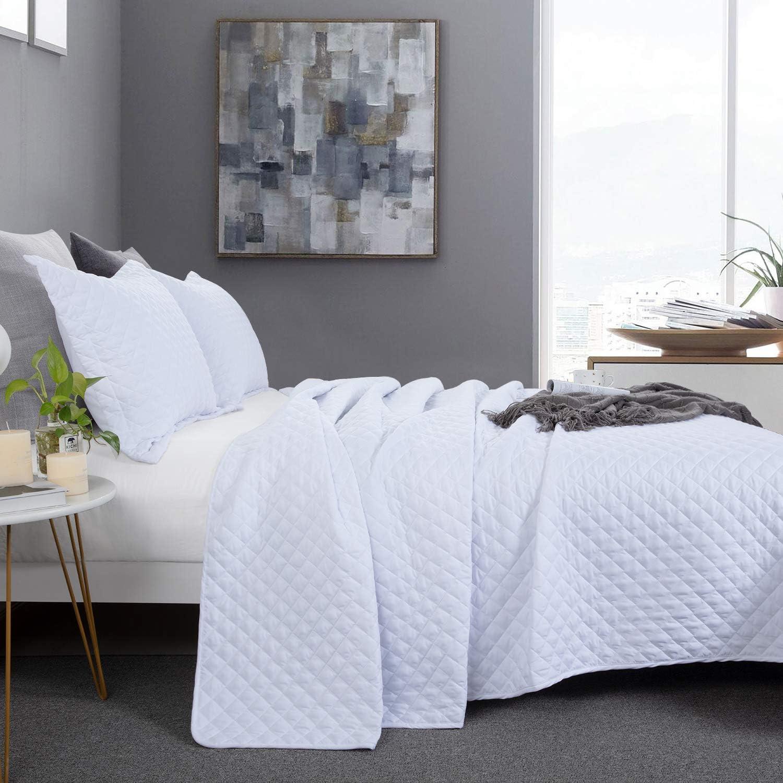 Buy Hombys 3 Piece Oversized King Quilt Set Bedspread 120x120 Reversible Lightweight Coverlet Summer Comforter Set Online In Turkey B08njpwpmz