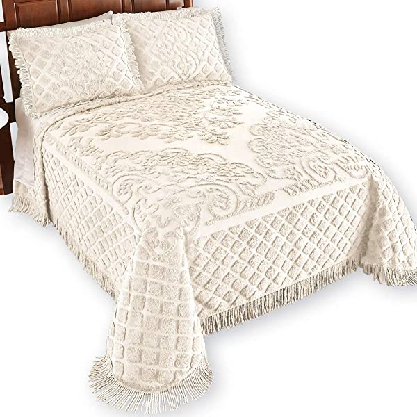 Collections Etc Royalty Elegant Scroll And Checkered Pattern Chenille Bedspread With Fringe Border Ivory Queen
