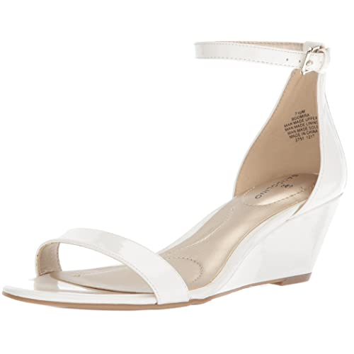 98caaa0777799 White Wedges Sandals: Amazon.com