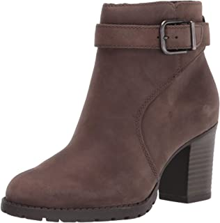 حذاء نسائي من Clarks Verona Lark للكاحل