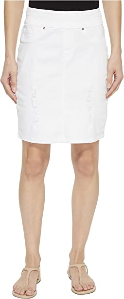 "19"" Stretch Twill Pull-On Distressed Skirt in White"