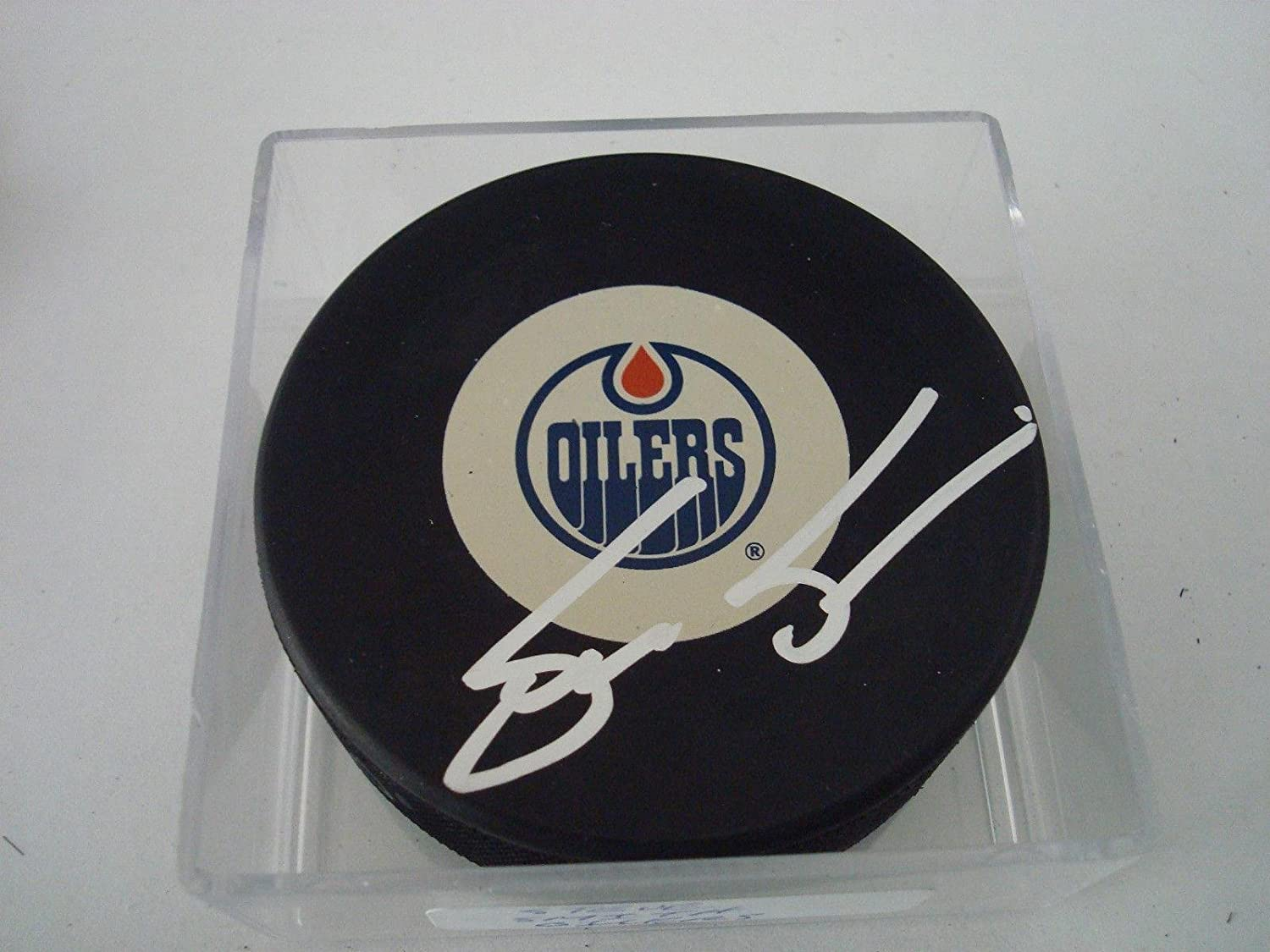 Max 55% OFF Steve Smith Signed Edmonton Oilers Hockey b - A Puck Shipping included Autographed