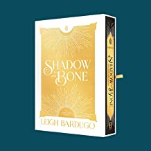 Shadow and Bone: The Collector's Edition (The Shadow and Bone Trilogy)