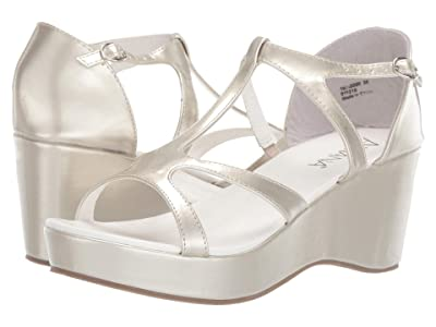 Amiana 15-A5560 (Little Kid/Big Kid/Adult) (Pale Gold Mirror Patent) Girl