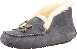 c56ceaee8f4 Amazon.com: UGG - Loafers & Slip-Ons / Shoes: Clothing, Shoes & Jewelry