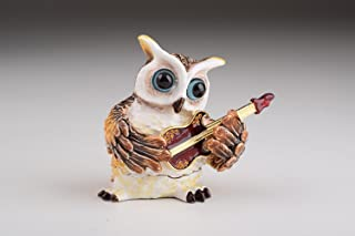 owl playing guitar