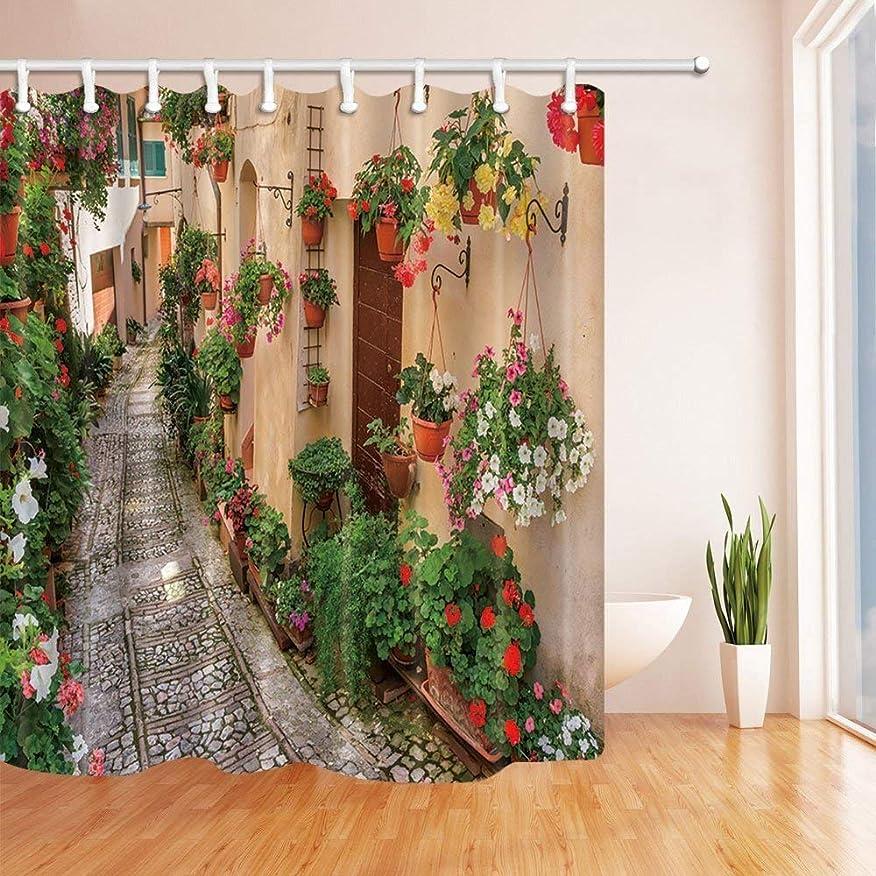 信条コインランドリー最初はGooEoo カラフルな花がポットと赤い木製のドアで咲く石のロードシャワーカーテンファンタスティックデコレーション71X71インチの病気に抵抗性のポリエステルファブリックバスルームカーテン