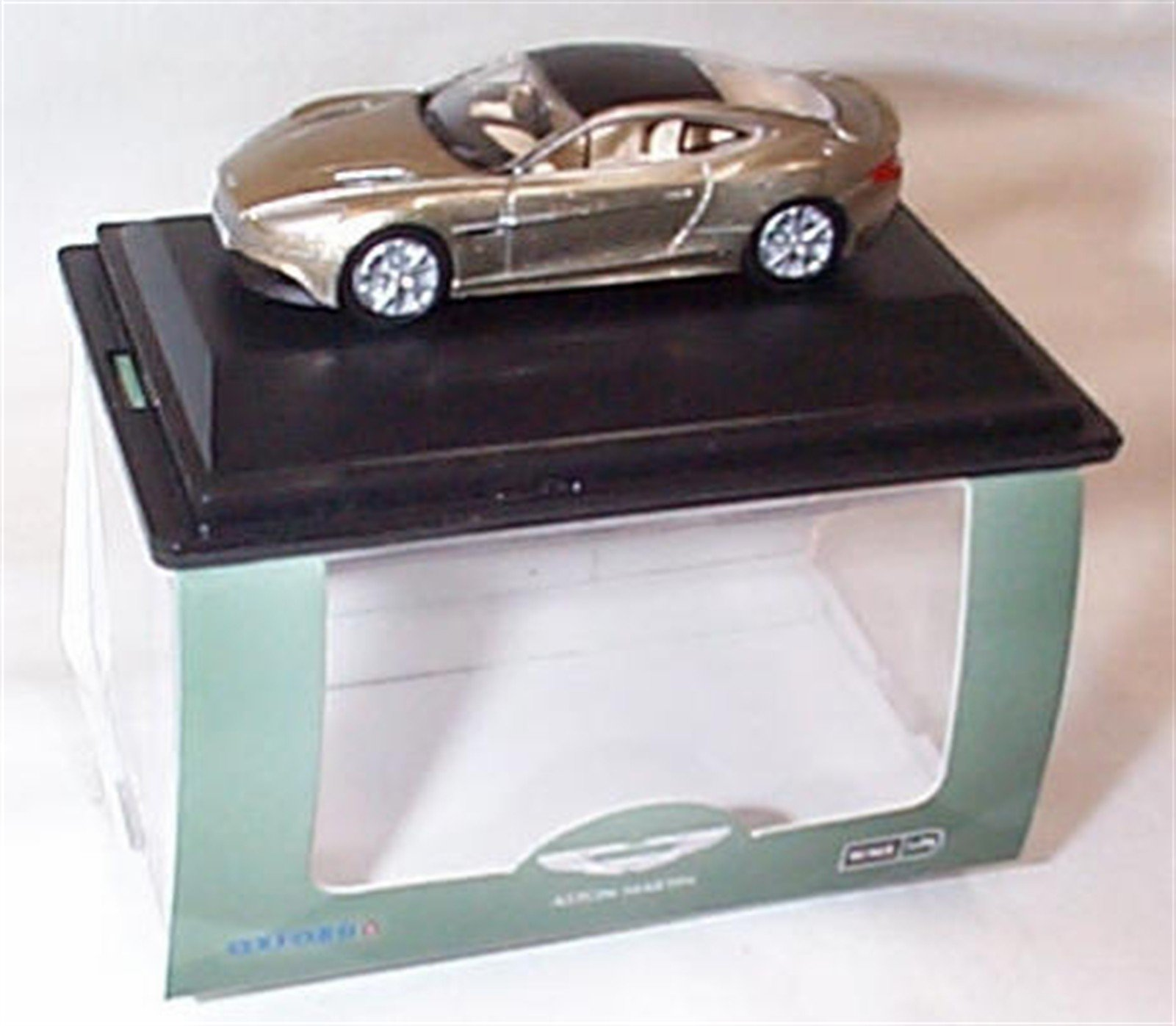 Oxford Aston Martin Vanquish Coupe Selene Bronze Car 1 76 Scale Diecast Model Buy Online In Guernsey At Guernsey Desertcart Com Productid 124767364