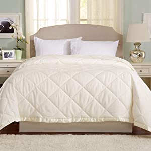 Lightweight King Goose Down Alternative Quilted Blanket with Satin Trim. Romana Collection by Great Bay Home, Ivory