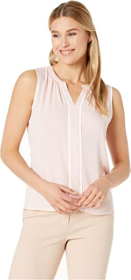 Split V Sleeveless Top