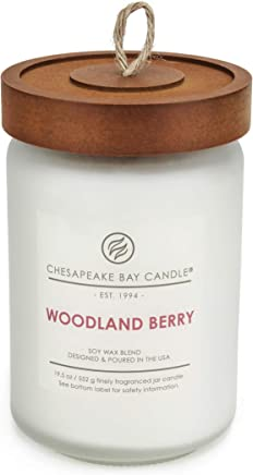 Chesapeake Bay Candle Heritage Scented, Woodland Berry, Large Jar, White