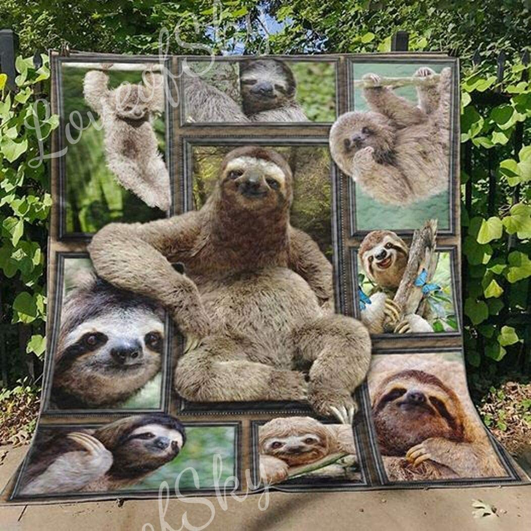 Happy Life Limited time trial price Atlanta Mall of Sloths Quilt Super Comforters Size King - Christma