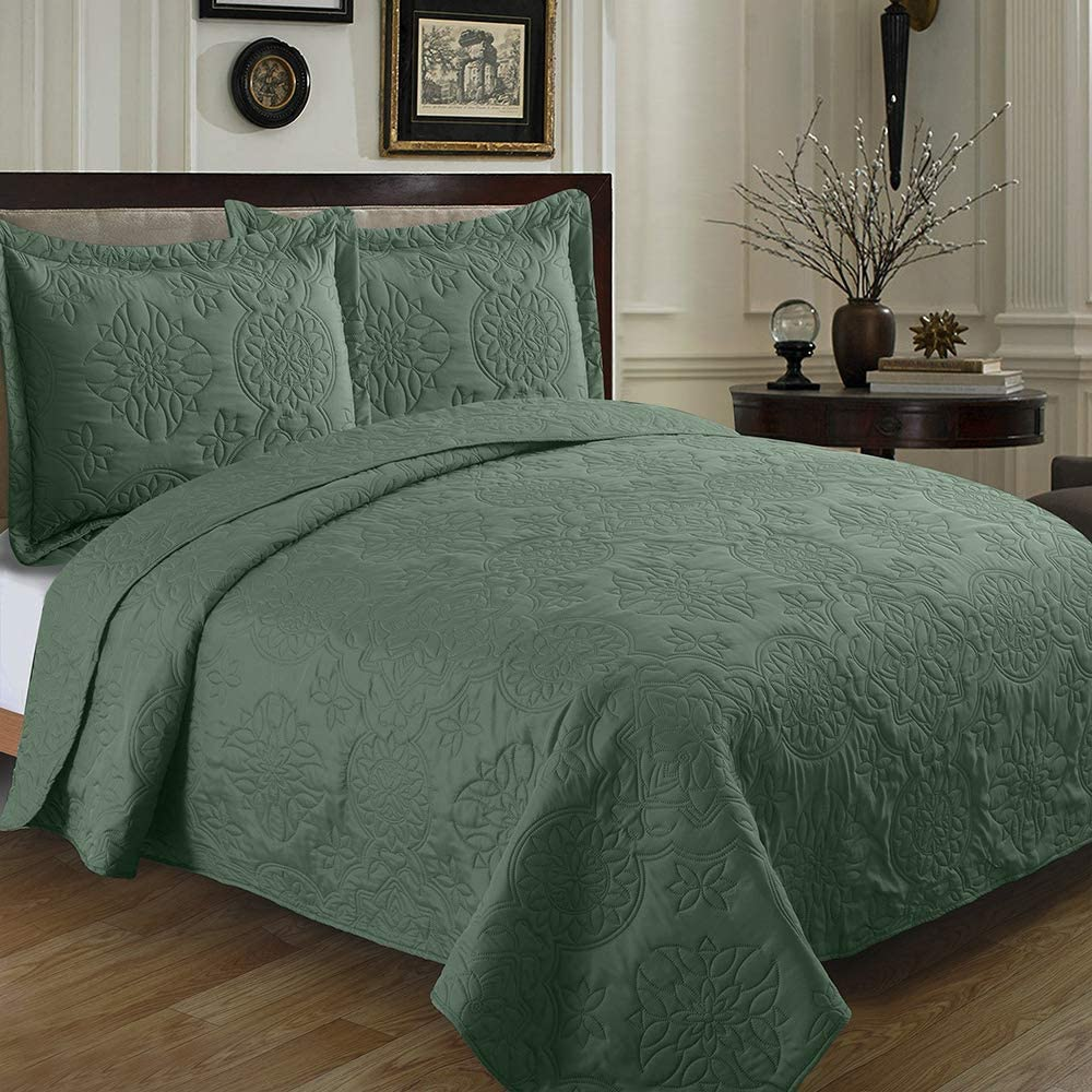 Bedspreads King Sized 120x106 inches Bedspread Fixed price for sale Chicago Mall Quil Coverlet